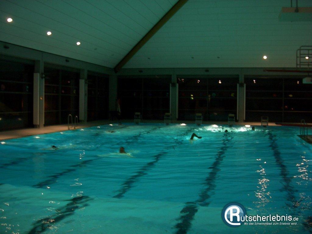 Schwimmbad Neumünster bad am stadtwald neumünster mediathek bilder rutscherlebnis de