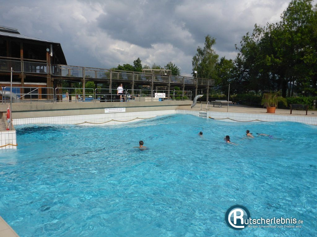 Schwimmbad Cham