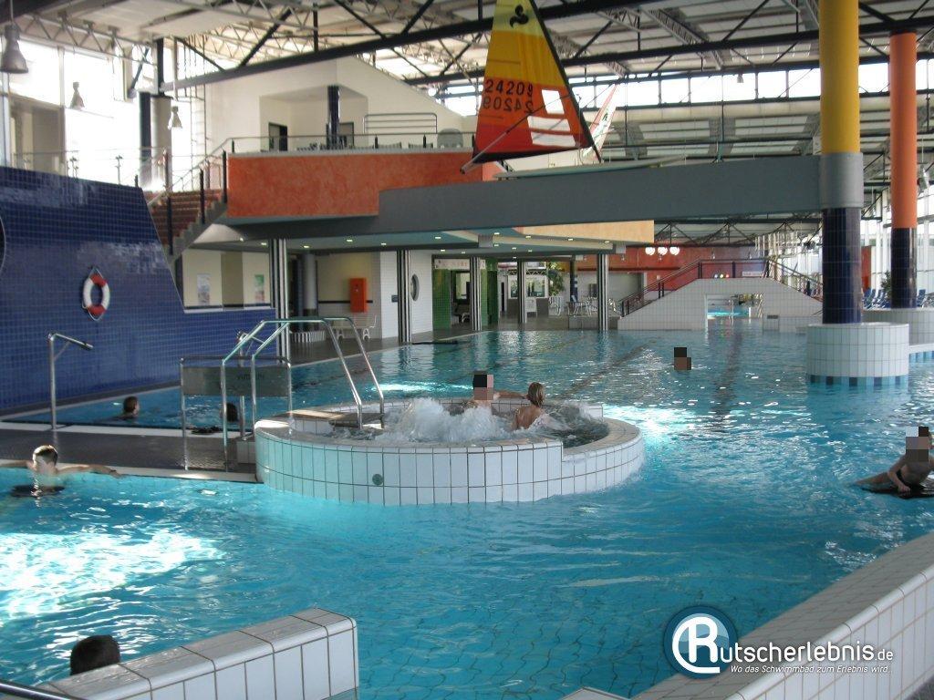 Im schwimmbad sb