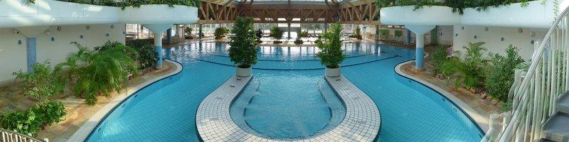 Schwimmbad Bad Lausick : freizeitbad riff bad lausick ~ Markanthonyermac.com Haus und Dekorationen
