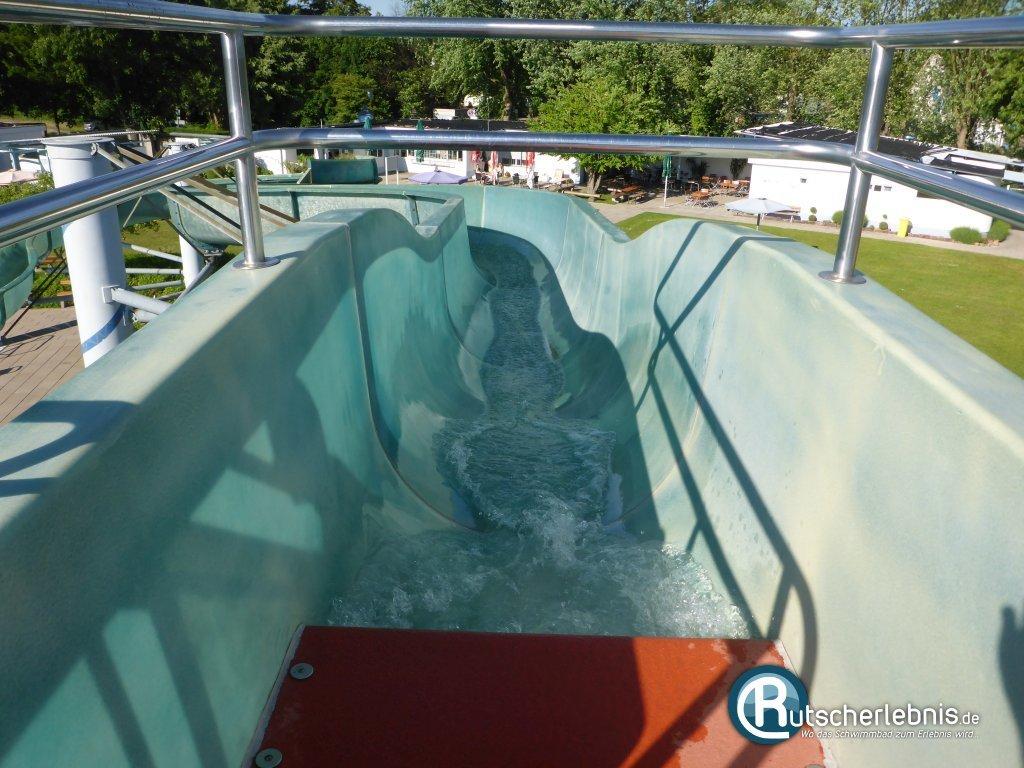 Schwimmbad Bellheim schwimmpark bellheim rutscherlebnis de