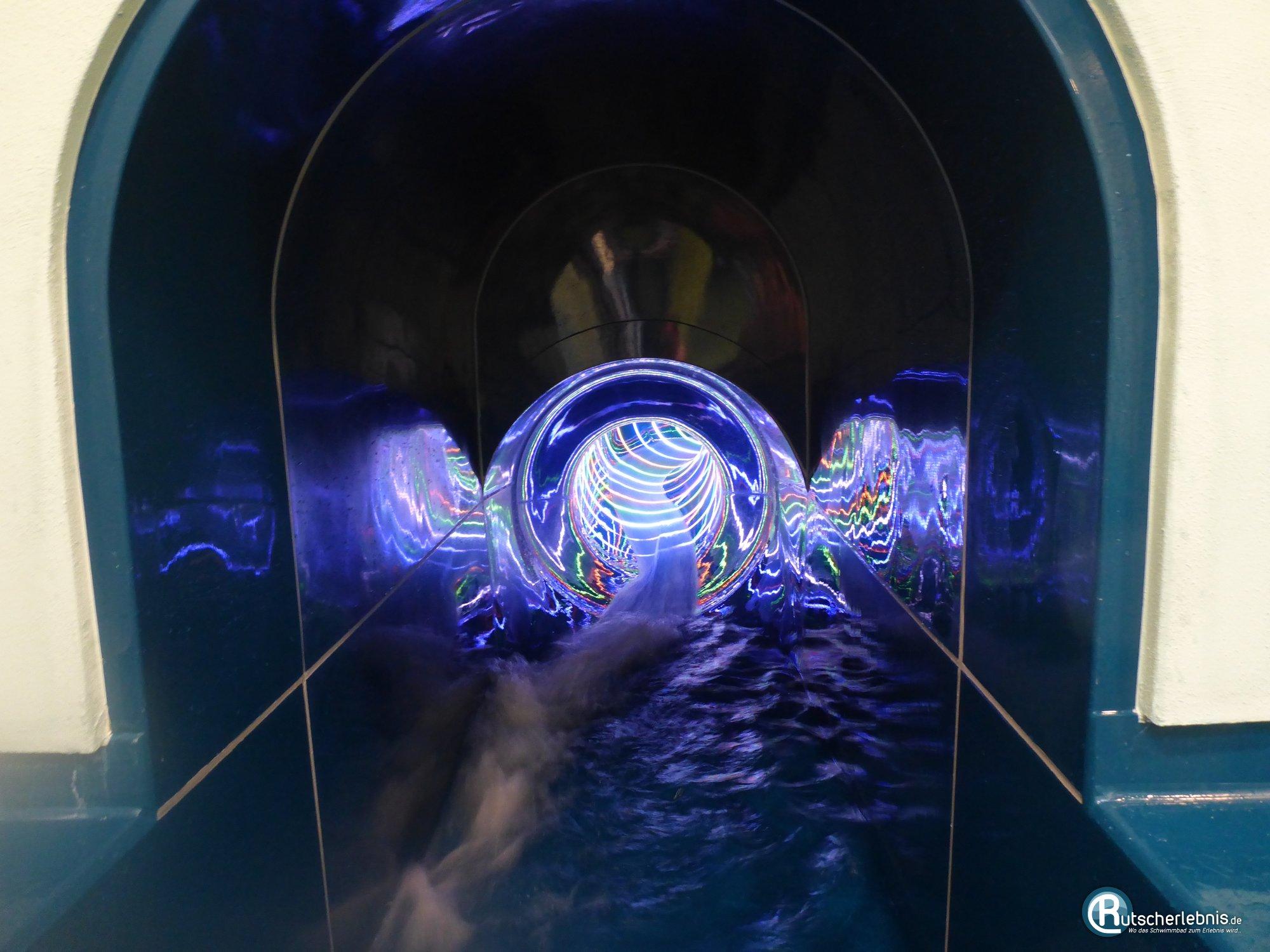 Holstentherme kaltenkirchen rutschenspa auf der speed for Schwimmbad kaltenkirchen